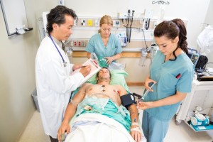 photodune-6128586-doctor-and-nurses-treating-critical-patient-xs
