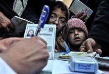 Photo of افراد فاقد بیمه تا پایان شیوع کرونا دفترچه رایگان دریافت میکنند